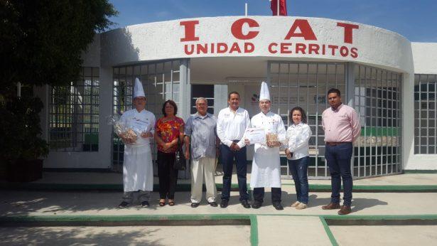 Realizan taller gastronómico de comida China en Cerritos