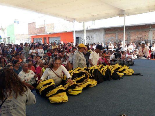 Inicia alcalde Gallardo entrega de 120 mil paquetes escolares