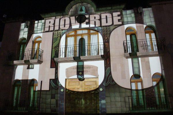 En gran espectáculo de luz y sonido proyectan historia de Rioverde