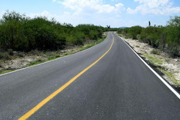 Van aplicados 160 mdp en  rehabilitación de caminos