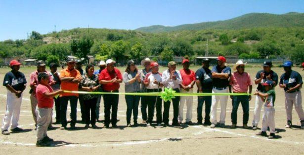 Diputada Fabiola Guerrero encabezó evento deportivo en San José del Tapanco
