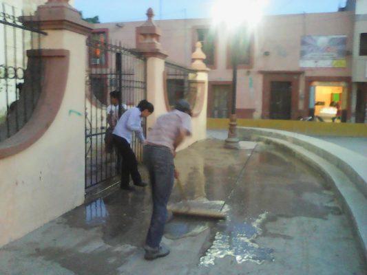 Inundaciones y calles anegadas dejó la tormenta en Matehuala