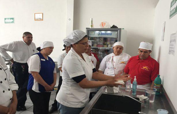Turismo capacita a 30 personas en Matehuala