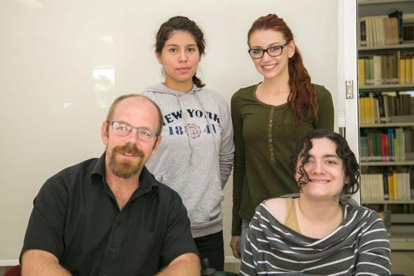 Realizan proyecto sobre multiculturalismo y Multilingüismo