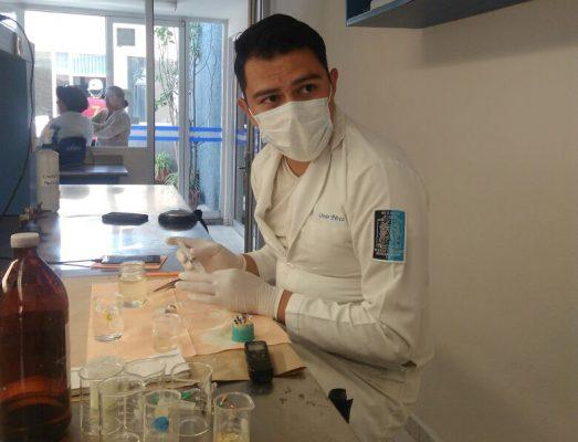 Estudiante de la UASLP desarrollan Proyecto sobre utilización del hipoclorito de sodio en procedimientos de endodoncia