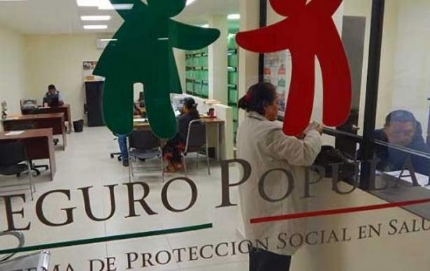 Mujer hondureña, primera beneficiaria del Seguro Popular