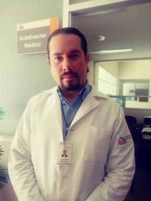 Subdirector médico del Hospital, José Arturo Yáñez Espinosa