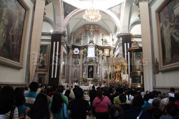 Soledenses piden diversidad de favores a virgen de El Carmen