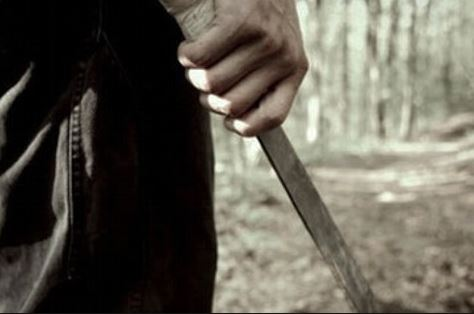 Arrestado por amenazar con un machete