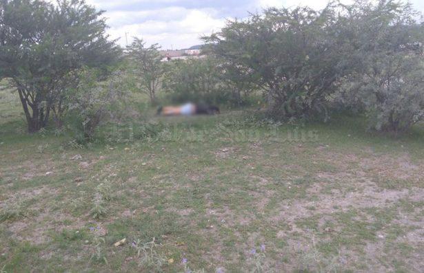 Hallan cuerpo de mujer maniatado en Santa Rita