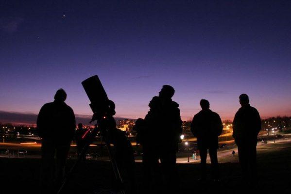 Llega noche astronómica a la delegación de La Pila