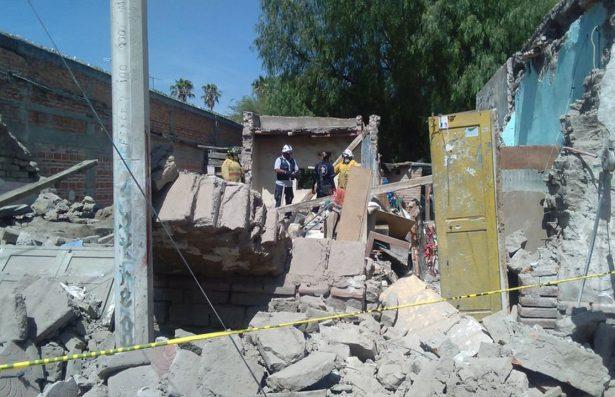 Se derrumba finca en el barrio de Tlaxcala