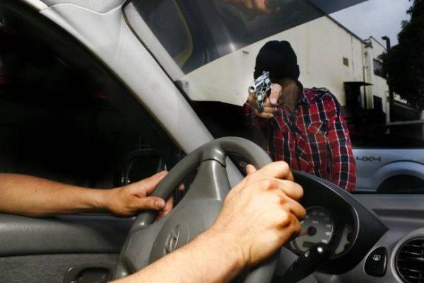 Se incrementó 30% robo con violencia de vehículos