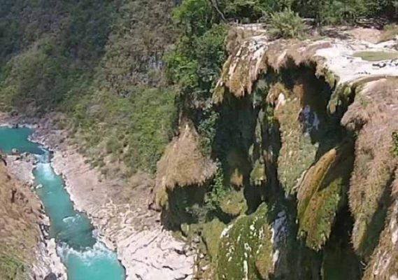 Para evitar se seque cascada de Tamul buscan desviar cauce del río