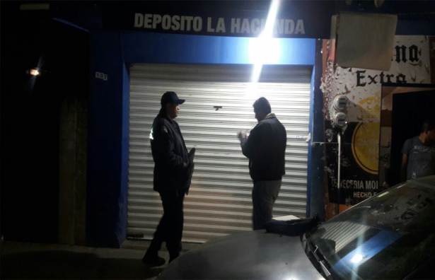 Continúan operativos de verificación a establecimientos que expenden alcohol