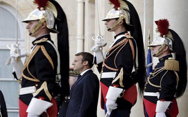 Emmanuel Macron alarma a asalariados por reforma laboral