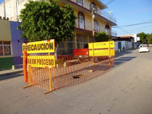 Socavón en drenaje urbano obligó a cerrar la calle Matamoros