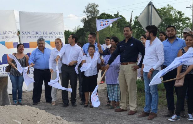 Más caminos para comunidades rurales del municipio de San Ciro de Acosta