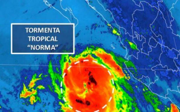 Norma avanza hacia Baja California Sur; prevén que se convierta en huracán