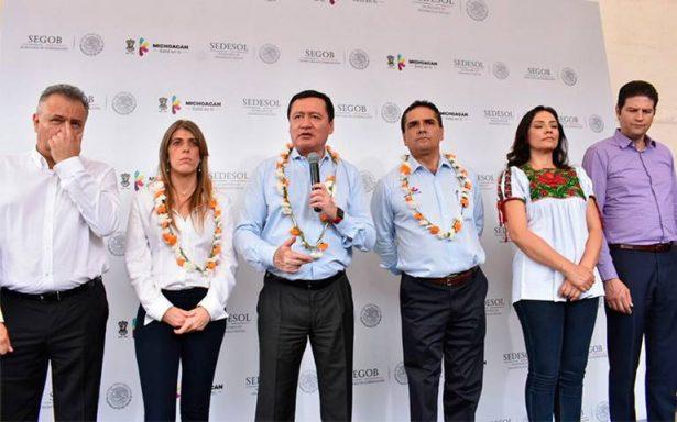 Osorio Chong recrimina a diputados conflicto en el Congreso