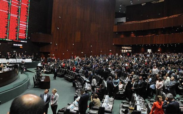 PAN no cede; crece tensión en el Congreso