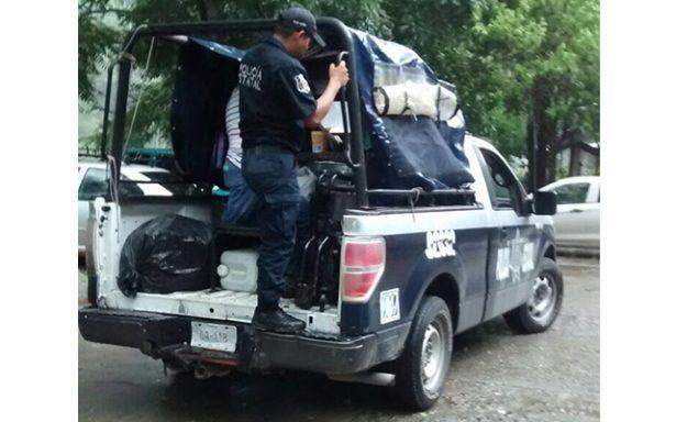 Evacuan familias por Katia