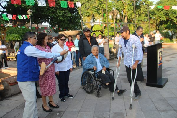 Entregaron prótesis a personas con discapacidad de dos comunidades de Rioverde