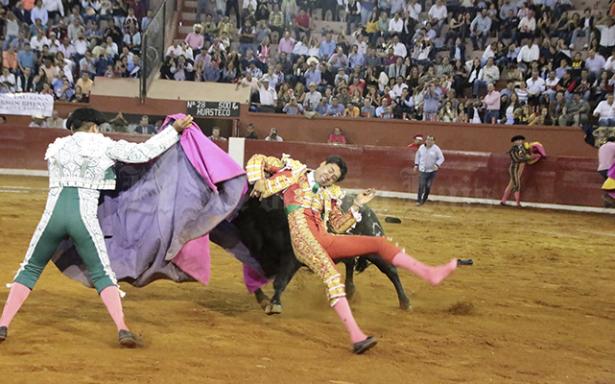 Dan de alta al matador Sergio Flores