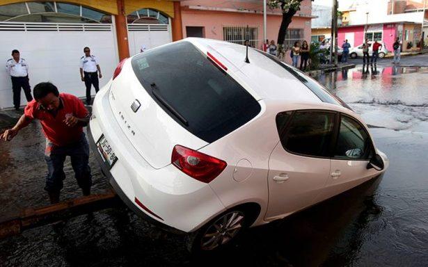 ¿Su auto sufrió algún daño en las lluvias? Su seguro le responde