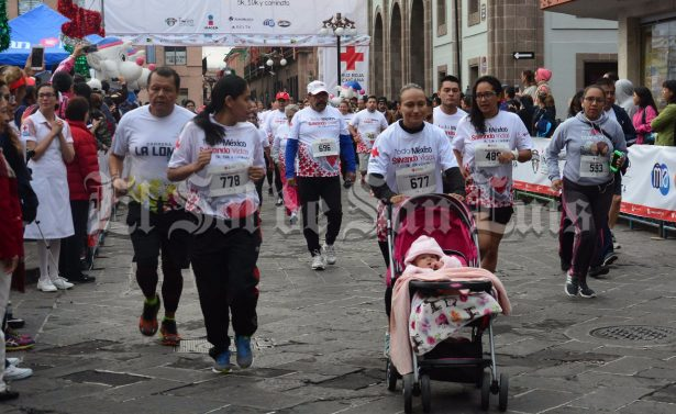 """Un éxito la Carrera Atlética """"Todo México Salvando Vidas"""""""