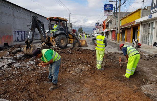 Rehabilita Ayuntamiento el  Capitalino calle Dalia por lluvias