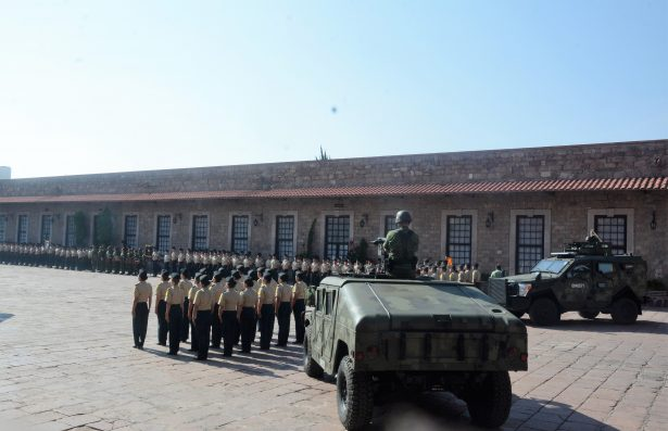 Participarán 250 militares en el desfile del próximo 16