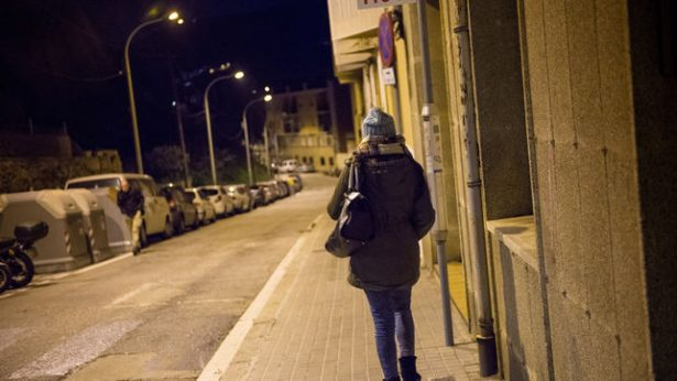 Mujeres deben evitar caminar en calles solas y oscuras: MAMR