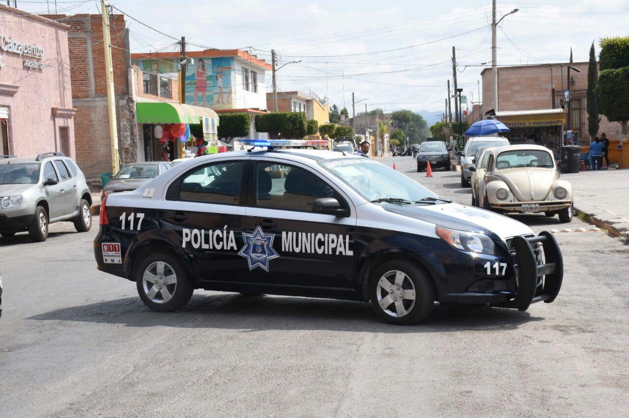 policia municipal cierre de vial operativo seguridad soledad patrulla