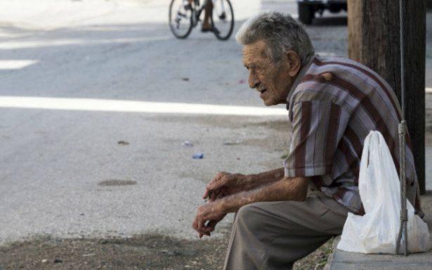 Viven en el abandono 90 por ciento de adultos de asilo de ancianos