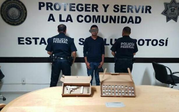 Detenido por posesión de arma de fuego y droga