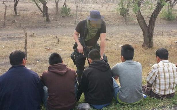 Deportados regresan a la zona media