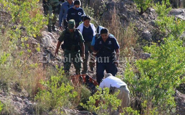 Encuentran cuerpo flotando en la presa San José