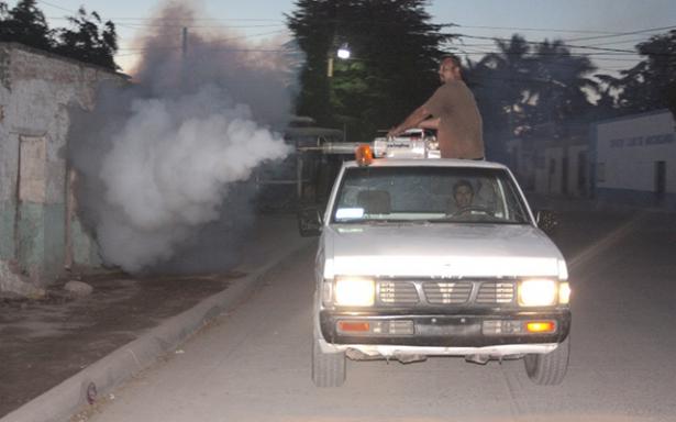 Inicia primera campaña de fumigación contra el zika y dengue en el Altiplano