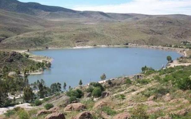 Histórico: desfogan la  presa Cañada del Lobo