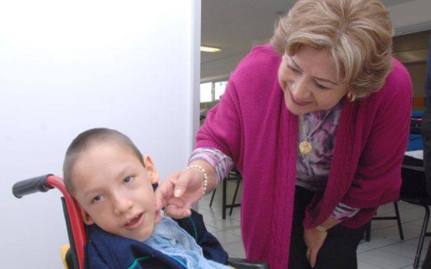 Aplican tratamiento en DIF Municipal a discapacitados