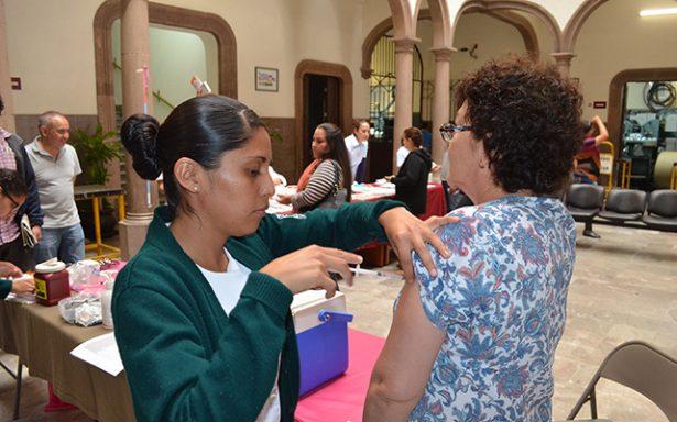 Aplicará el IMSS 230 mil dosis contra la Influenza