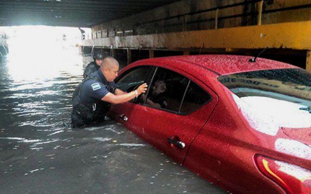Advierte PC sobre peligro en vialidades inundables