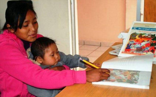 Madres jóvenes se suman a los programas educativos