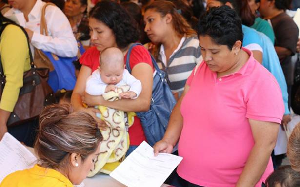 Redobla ayuntamiento capitalino apoyos para las mujeres