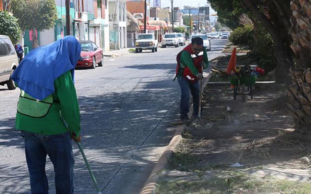 Intensifican limpieza del Centro histórico y vialidades