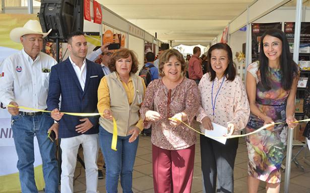 "Realizan ""Feria del Pan Artesanal"" en La Alameda"