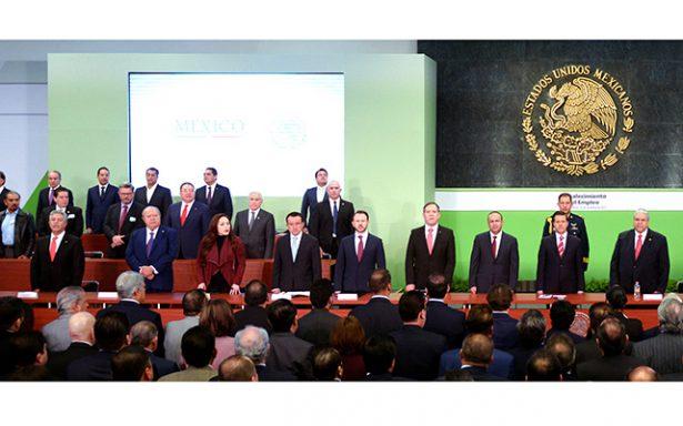 Firma JM Carreras convenio de formalización del empleo impulsado por EPN