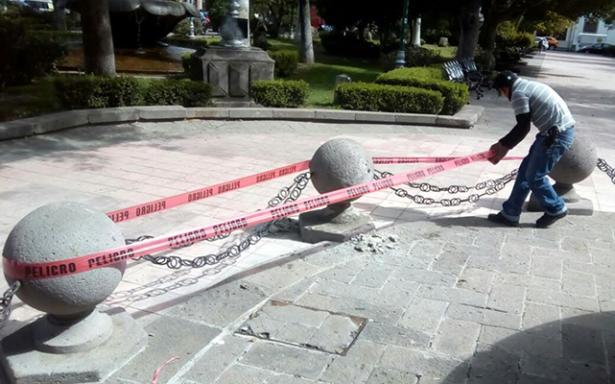 Repararon esferas del jardín de Tequisquiapán