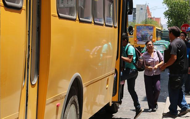 Piden más autobuses para Ciudad Satélite